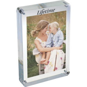 Customize Wholesale New Clear 4X6 Picture Magnetic Acrylic Free Stand Frame pictures & photos