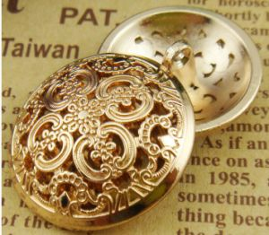 Fashion Hot Selling Metal Button OEM ODM Available Wholesale Price pictures & photos