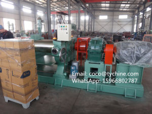 Xk-400 Open Type Rubber Mixing Mill with Stockblender pictures & photos