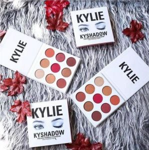 Kylie Jenner Kyshadow Pressed Powder Eyeshadow Fard a Paupieres Presse 9 Color Cosmetic Eyeshadow pictures & photos