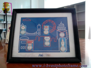 Worldwide Partner with P&G Wood Photoframe (WP14004)