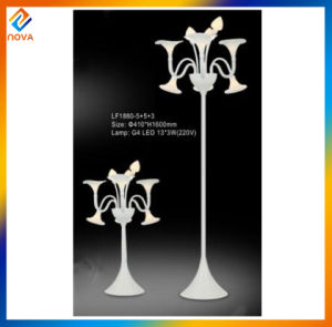 Modern Simple Style Hotel Modern Iron Table Lamp pictures & photos