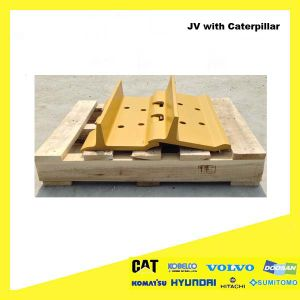 Bulldozer Undercarriage Spare Part Steel Track Shoe D4 for Komatsu pictures & photos