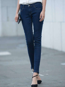 2017 Fashion Women′s Denim Jeans Clothing pictures & photos