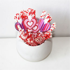 Valentine′s Day Theme Romantic Paper Straw pictures & photos