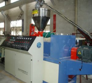 Plastic Conical Twin Screw PVC Pipe Extruder / PVC Profile Extruder pictures & photos