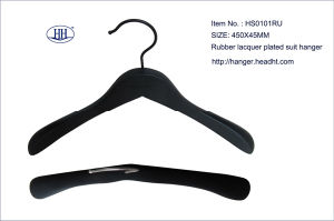 Wholesale Wooden Rubber Black Suit Hanger High Quality pictures & photos