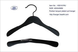 Wholesale Wooden Rubber Black Suit Hanger for High Quality, Wooden Clothes Hanger pictures & photos