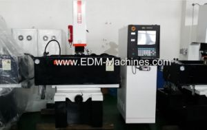 Znc EDM Sinking Machine Dm650zk pictures & photos