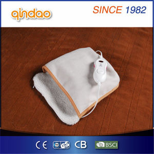 Hot Sale Cute Electric Foot Warmer with Good Quality pictures & photos