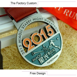 Metal Hollow out Medal Customized pictures & photos