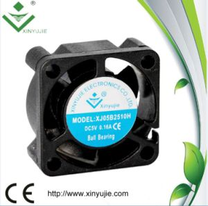 Mini Cooling Fan 12V 25mm 2510 25X25X10mm Brushless DC Cooler Fan pictures & photos