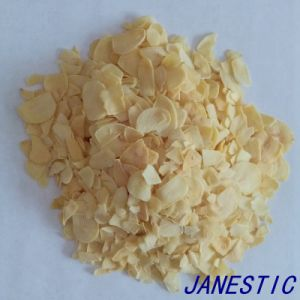 Dehydrated Garlic Flakes Without Roots pictures & photos