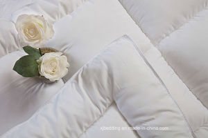Microfiber Fabric Soft Hypoallergenic Mattress Topper pictures & photos