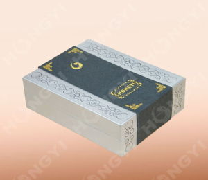 Cardboard+Gold-Hotstamping Paper Gift Box for Packaging (HYJ020)