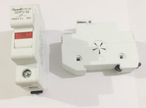1000V Solar Fuse Holder with 2A-30A Fuse for Solar Combiner Box Components pictures & photos