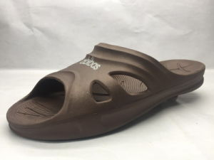EVA Comfortable and Concise Slippers (21gn1703) pictures & photos