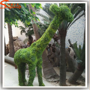 New Design Artificial Deer Topiary Plant for Decoration pictures & photos