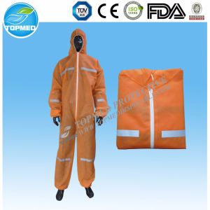 Cheap Nonwoven SBPP Coverall or Jumpsuit pictures & photos