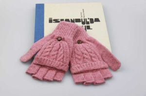 Pink Color Half Finger Gloves, Girls Wool knitted Gloves, Students Winter Gloves pictures & photos