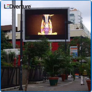 High Brightness Full Color Outdoor SMD LED Display for Advertising pictures & photos
