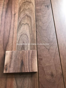 Common Grade American Walnut Solid Wood Flooring pictures & photos