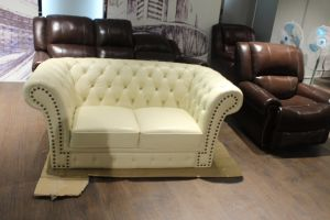 Living Room Sofa with Chesterfield Leather Sofa for Modern Sofa Furniture pictures & photos
