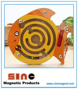 Animal Wooden Magnetic Maze for Educational Toys pictures & photos