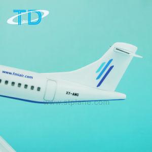 Atr72-600 Fmi 1/100 Airplane Model Souvenir Desktop pictures & photos