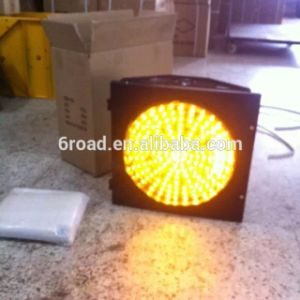 300/400/500LED Solar Yellow Flashing Caution Traffic Signal Light pictures & photos