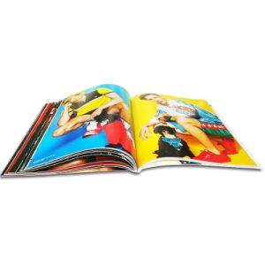 2017 High Quality Custom Fashion Softcover Magazine Printing pictures & photos