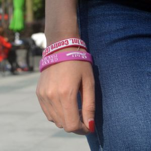 Manufature Bulk Rubber Wrist Band Custom Silicone Wristband pictures & photos