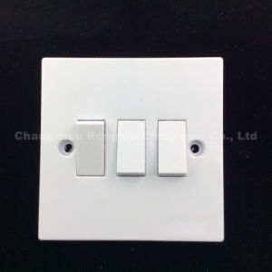 High Quality Bakeliter Copper Material White Color 3 Gang 1way or 2way Switch (831) pictures & photos