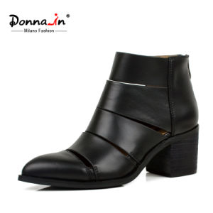 Lady Casual Cut-Outs Pointed-Toe High Heels Shoes Women Leather Boots pictures & photos