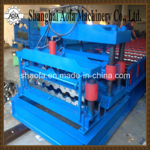 Iron Sheet Roof Tile Roll Forming Machine pictures & photos