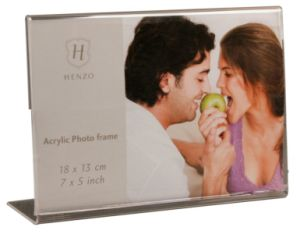 Customize Wholesale New Clear 4X6 Acrylic Picture Transparent Magnetic Clear Acrylic Photo Frame pictures & photos