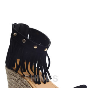 Black Ladies Fashion High Heel Sandal with Tassels pictures & photos