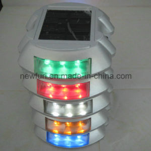 Solar Powered 6 LED Flash Cat Eye Reflective Road Stud pictures & photos