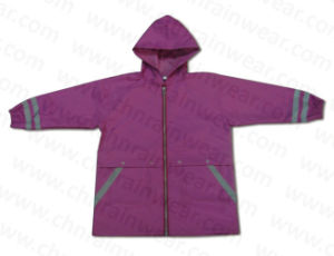 2015 New Design Purple Children Rain Jacket pictures & photos