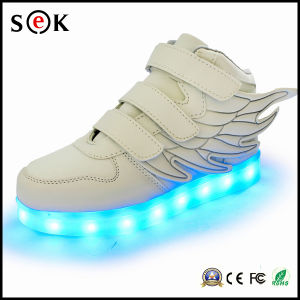 New 2016 Popular Casual Sport High Top Light up The Wings Kids LED Shoes for Children pictures & photos