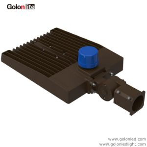 2017 New Design High Efficiency 120lm/W Photocell Sensor 100W 70W Retrofit Kit Shoebox LED Lighting pictures & photos