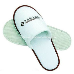 Soft Comfortable Disposable Hotel Slipper pictures & photos