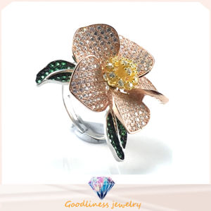 Fashion Jewelry Ring in Gold Elegant Flower Pattern 925 Sterling Silver Silver Wedding Ring (R10500) pictures & photos
