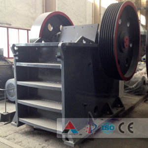 Diesel Engine Motor Type and Jaw Crusher Portable Stone Crusher pictures & photos