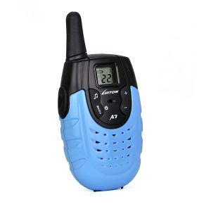 PMR446 Radio 14CH Walkie Talkie FM Scan Monitor Emergency Alarm Flashlight Function Two Way Radio pictures & photos