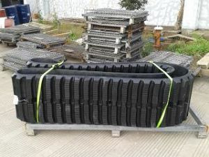 Excavator Rubber Track for Global Excavator/Paving Machines pictures & photos