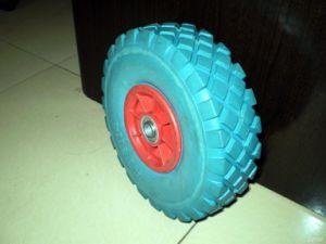 Wheelbarrow Wheel pictures & photos