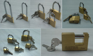 High-Quality Brass Padlock pictures & photos