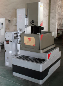 Wire Cutting EDM Machine Kd400cl pictures & photos