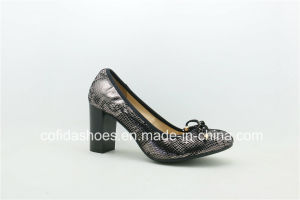Shiny Design Chunky Heel Leather Ladies Shoes with Elastic pictures & photos